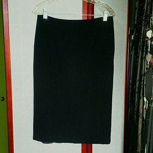 HOLIDAY SALE!Basler black lined skirt. EUC. Sz 40.